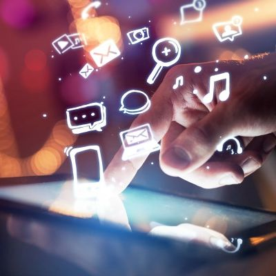 [Video] What Role Does Multimedia Play on Social Media?